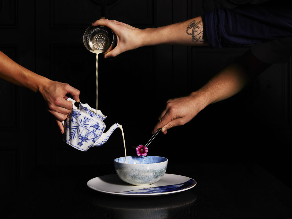 Trend 2019: kopje met weggooi koffie bij Bluespoon