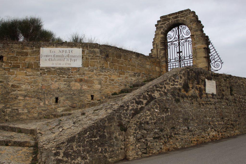 ommuurde wijngaard van Clos des Papes