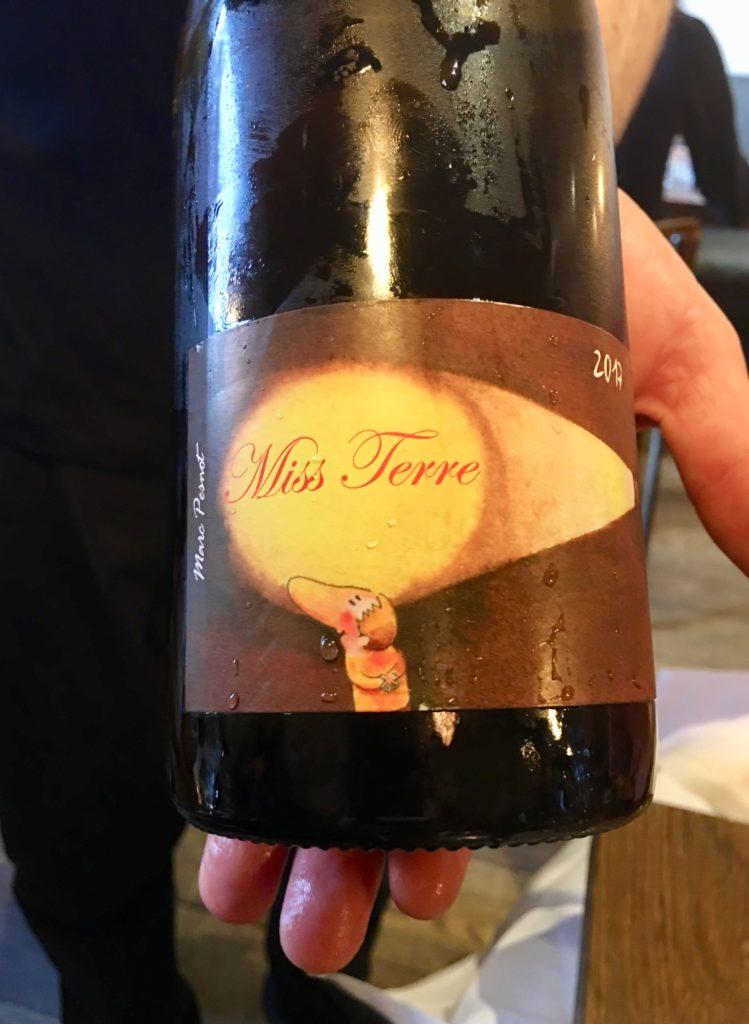 Miss Terre natuurwijn bij Restaurant Guts