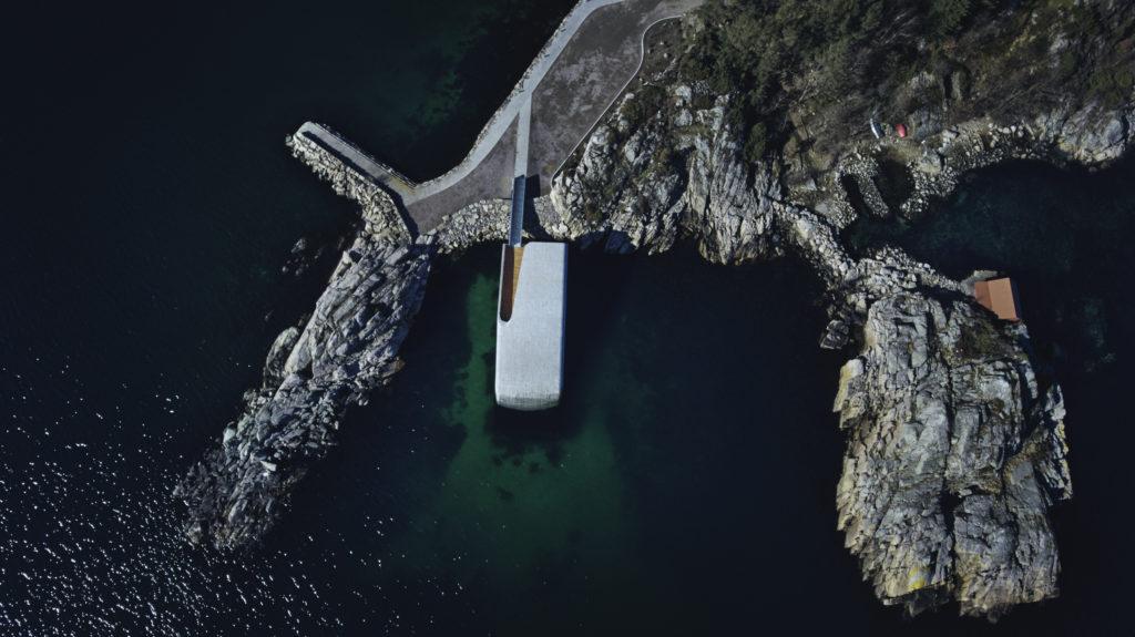 Onderwater restaurant Under van bovenaf