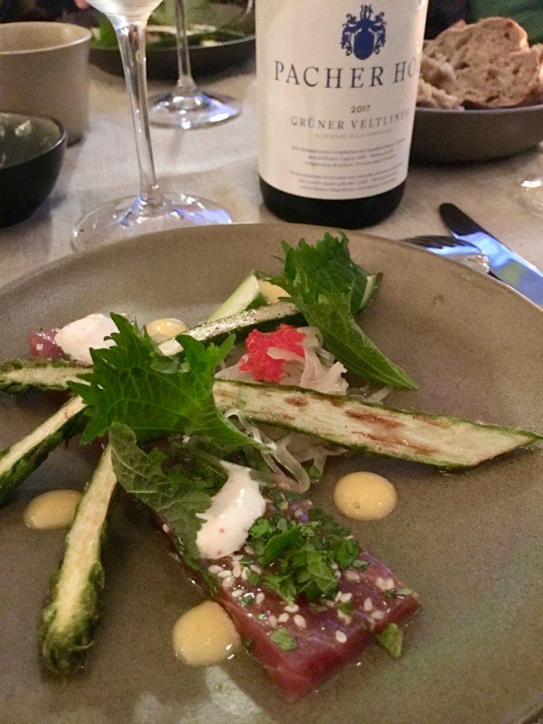 tonijn met asperges en witte wijn
